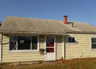 Foreclosed Home in Toledo 43609 SOUTHVIEW DR - Property ID: 4340221290