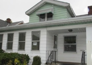 Foreclosed Home in Cleveland 44129 MANHATTAN AVE - Property ID: 4340243184