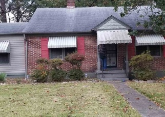 Foreclosed Home in Memphis 38111 INMAN RD - Property ID: 4340271665