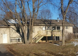 Foreclosed Home in Baraboo 53913 RAVEN ACRES DR - Property ID: 4340351367