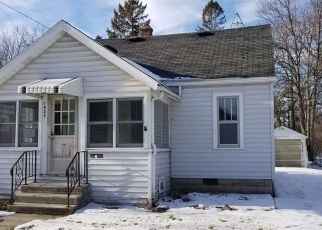 Foreclosed Home in Oshkosh 54901 JEFFERSON ST - Property ID: 4340357952