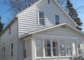 Foreclosed Home in Two Rivers 54241 JACKSON ST - Property ID: 4340360573
