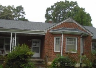 Foreclosed Home in Gretna 24557 VADEN DR - Property ID: 4340420124