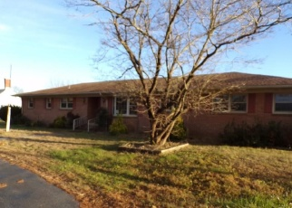 Foreclosed Home in Smithfield 23430 W MAIN ST - Property ID: 4340427130