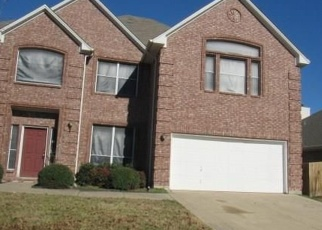Foreclosed Home in Grand Prairie 75052 BOSCOMBE CT - Property ID: 4340500723