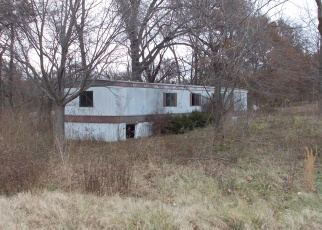 Foreclosed Home in Okawville 62271 RIVER BLUFF RD - Property ID: 4340578686