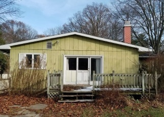 Foreclosed Home in Sylvania 43560 HUNTINGTON RD - Property ID: 4340677667