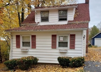 Foreclosed Home in Auburn 13021 OWASCO DR - Property ID: 4340738542
