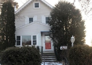 Foreclosed Home in Duluth 55805 E 11TH ST - Property ID: 4340867751