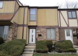 Foreclosed Home in Clinton Township 48036 GRANGE ST - Property ID: 4340895328