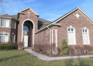 Foreclosed Home in Macomb 48044 SHAFTESBURY LN - Property ID: 4340897979
