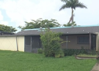 Foreclosed Home in Miami 33177 SW 142ND CT - Property ID: 4340939121