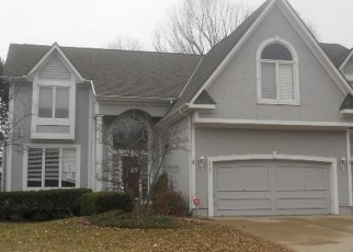Foreclosed Home in Overland Park 66223 W 143RD PL - Property ID: 4341001317