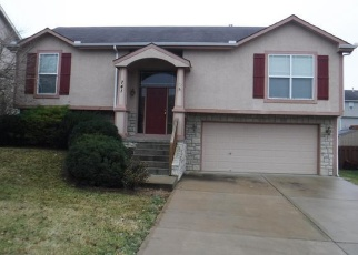 Foreclosed Home in Leavenworth 66048 HIGHLAND DR - Property ID: 4341011393