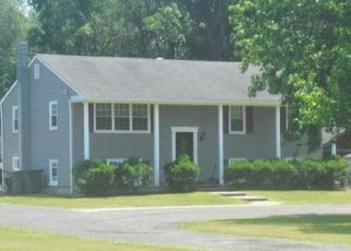 Foreclosed Home in Pemberton 08068 BURRS MILL RD - Property ID: 4341188332