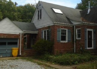 Foreclosed Home in Edgewater 21037 WILLARD DR - Property ID: 4341216367