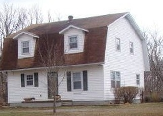 Foreclosed Home in Hopkinsville 42240 COAL CREEK RD - Property ID: 4341309667