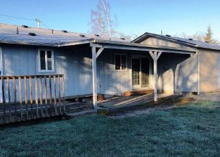 Foreclosed Home in Springfield 97477 18TH ST - Property ID: 4341429217