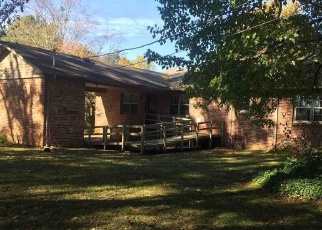 Foreclosed Home in Decatur 35603 LINCOYA CIR SE - Property ID: 4341473460