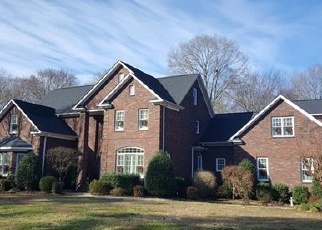 Foreclosed Home in Indian Trail 28079 RUNNING CEDAR LN - Property ID: 4341495353