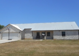 Foreclosed Home in Jourdanton 78026 BRYAN DR - Property ID: 4341550997