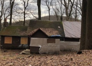 Foreclosed Home in Randolph 07869 MOUNTAINSIDE DR - Property ID: 4341576829
