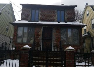 Foreclosed Home in Queens Village 11428 212TH PL - Property ID: 4341687183