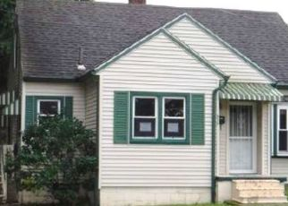 Foreclosed Home in Akron 44306 E CATAWBA AVE - Property ID: 4341746313
