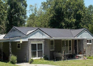 Foreclosed Home in Chattanooga 37412 SHELBY CIR - Property ID: 4341828663