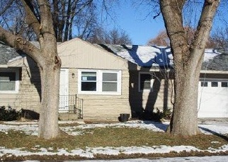 Foreclosed Home in Mason City 50401 2ND ST NW - Property ID: 4341856694