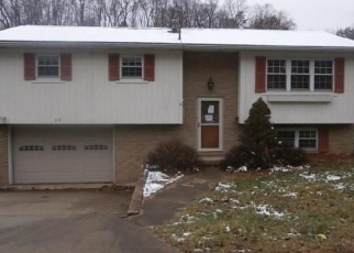 Foreclosed Home in Parkersburg 26101 BROWN AVE - Property ID: 4341926774