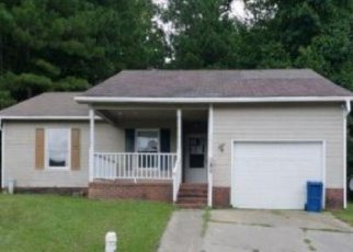 Foreclosed Home in Fayetteville 28301 COPENHAGEN DR - Property ID: 4341928515