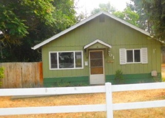 Foreclosed Home in Yreka 96097 YAMA ST - Property ID: 4341945153