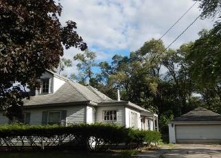 Foreclosed Home in La Grange 60525 W 56TH ST - Property ID: 4342047197