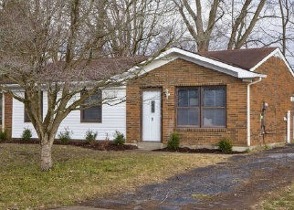 Foreclosed Home in Louisville 40272 MILLERS LN - Property ID: 4342111142
