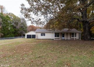Foreclosed Home in Jackson 38305 HUGHES RD E - Property ID: 4342235539