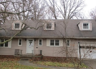 Foreclosed Home in Toledo 43614 DALEFORD DR - Property ID: 4342286335