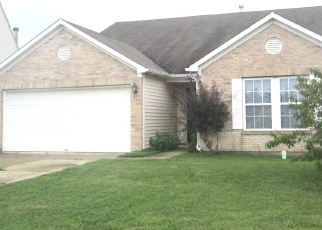 Foreclosed Home in Indianapolis 46235 WHITE RABBIT DR - Property ID: 4342598621