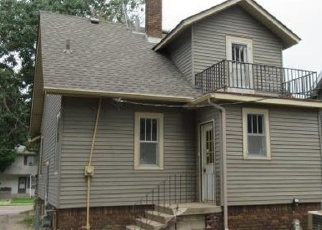 Foreclosed Home in Faribault 55021 WILLOW ST - Property ID: 4342620512