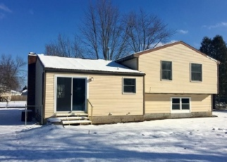 Foreclosed Home in Cicero 13039 TORCHWOOD LN - Property ID: 4342829877