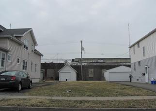 Foreclosed Home in Buffalo 14217 W HAZELTINE AVE - Property ID: 4342849126