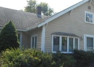 Foreclosed Home in Whitman 02382 TEMPLE ST - Property ID: 4342953372