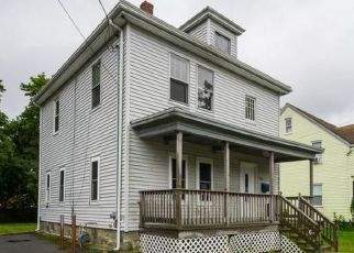 Foreclosed Home in Brockton 02301 MENLO ST - Property ID: 4342980980