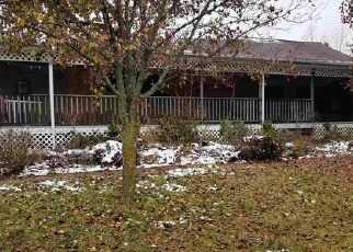 Foreclosed Home in Wolcottville 46795 E 1150 N - Property ID: 4343036595