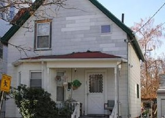 Foreclosed Home in Lynn 01905 ELMWOOD AVE - Property ID: 4343052356