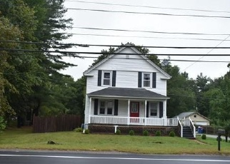 Foreclosed Home in Seekonk 02771 TAUNTON AVE - Property ID: 4343103151