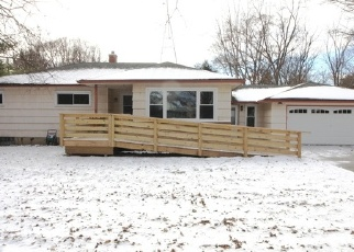 Foreclosed Home in Waukesha 53186 RACINE AVE - Property ID: 4343118494