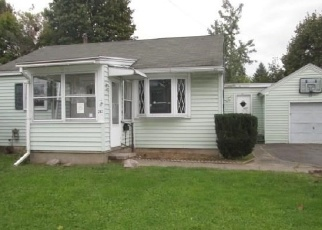 Foreclosed Home in Liverpool 13088 LIBBY ST - Property ID: 4343190311