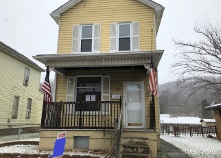 Foreclosed Home in Yorkville 43971 WILLIAM ST - Property ID: 4343393542