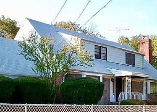 Foreclosed Home in Uniondale 11553 CORNWELL AVE - Property ID: 4343679985